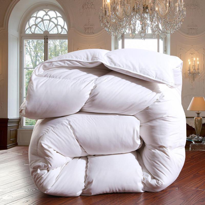 Самый компактный способ свернуть одеяло для хранения