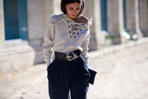 блуза со шнуровкой