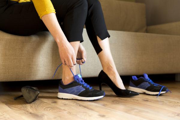 Рейтинг самой удобной обуви для девушек за рулем