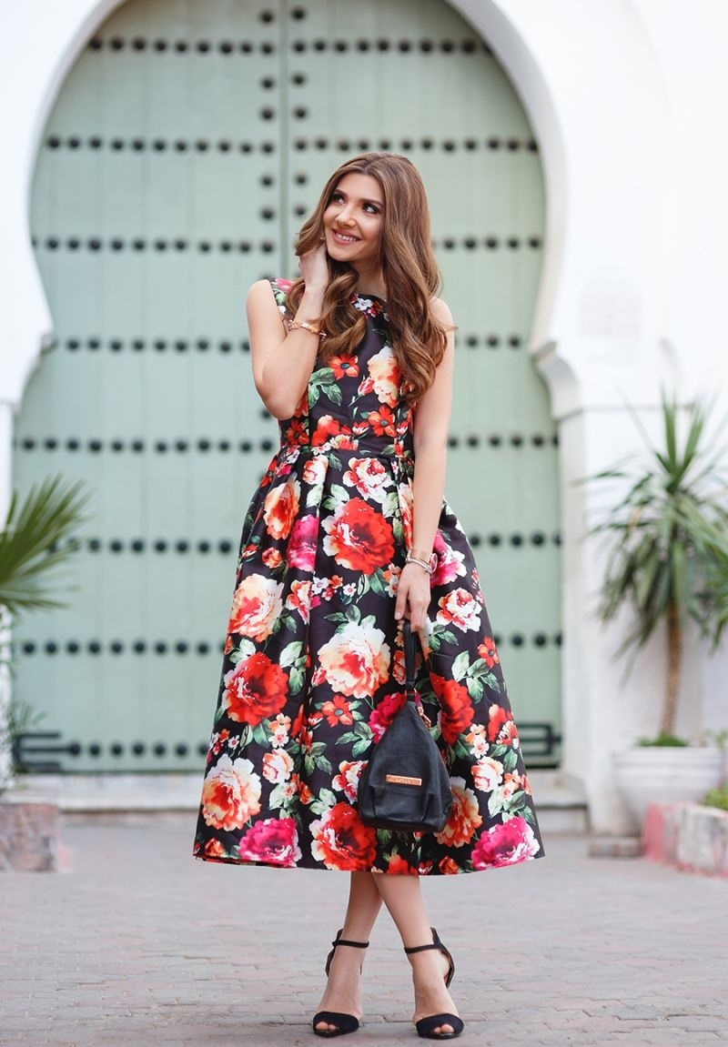 Как не стать простушкой, надев платье в цветочек