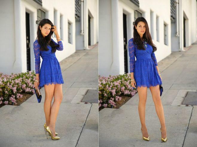 с синим платьем