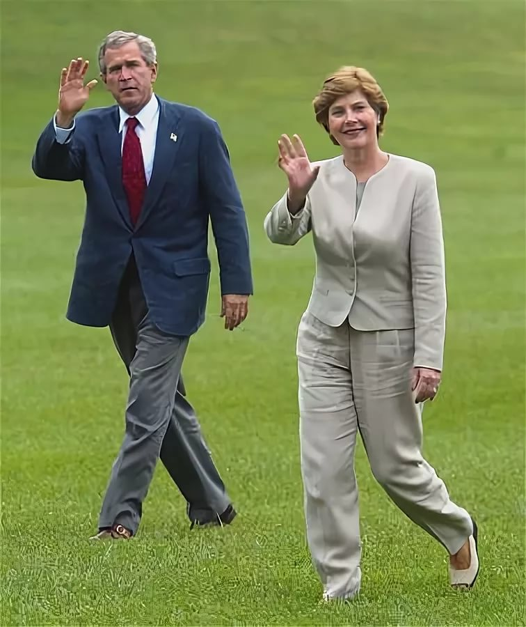 Лора Буш