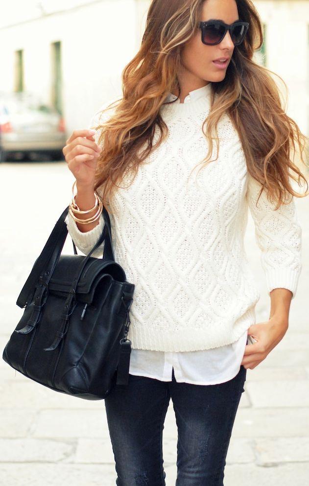 с белым свитером