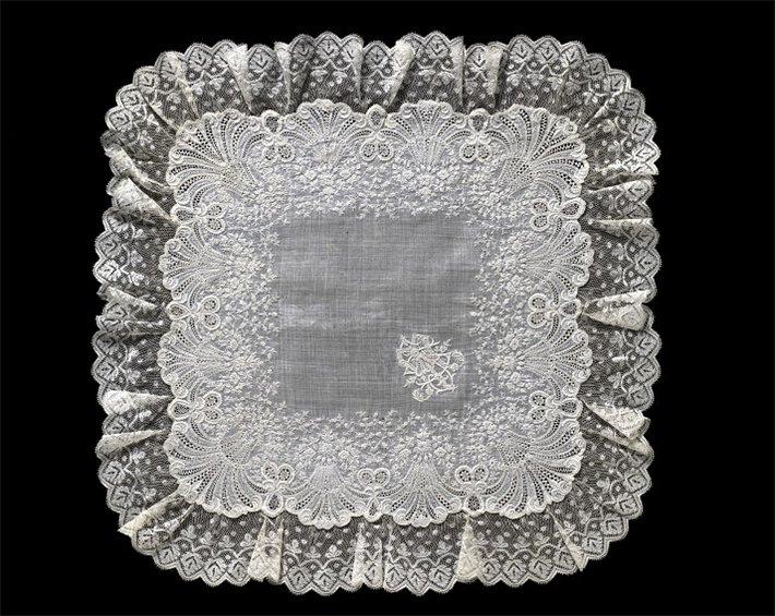 антикварный платок