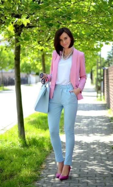 классический деловой стиль розовый с голубым