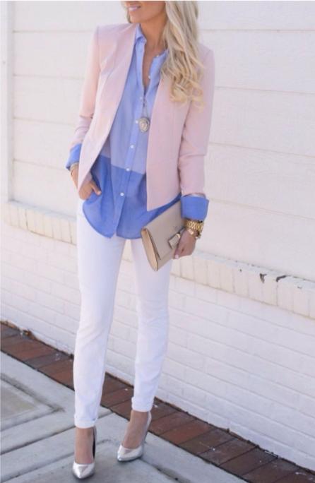 розовый пиджак и голубая рубашка