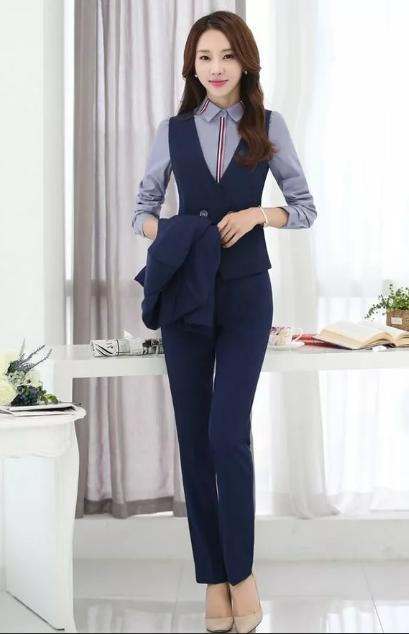 офисный костюм для девушек маленького роста