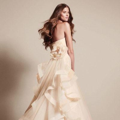 Почему не все могут надеть свадебное платье от Веры Вонг?