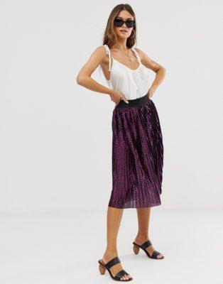 С чем сочетать юбку плиссе