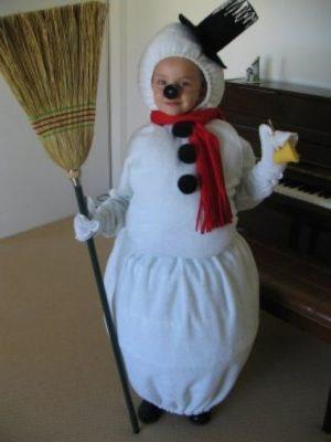 костюм снеговика изпростыни