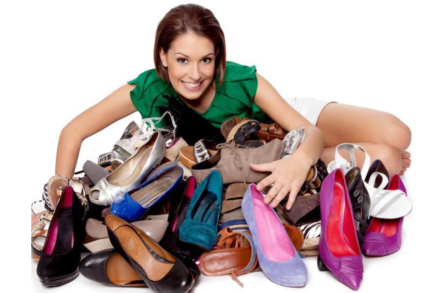 Сколько пар обуви должно быть у женщины
