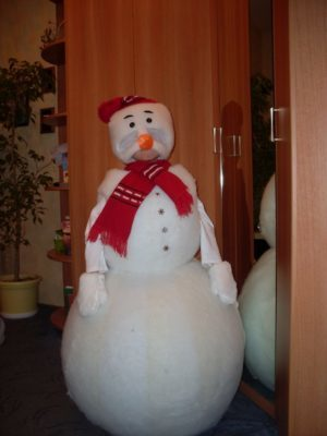 Костюм снеговика из синтепона