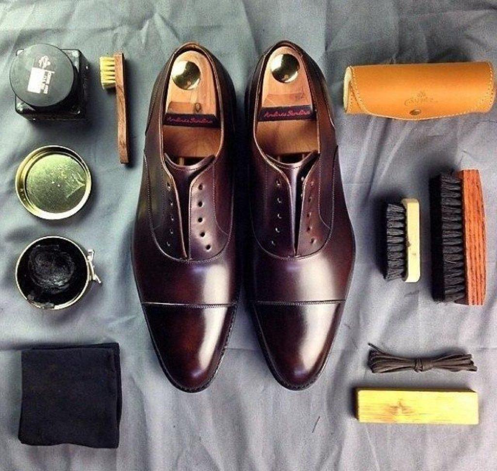 Обувь и принадлежности для ее чистки