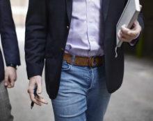 Как сочетать мужские джинсы и пиджак