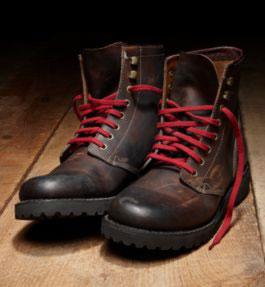 берцы с карсными шнурками