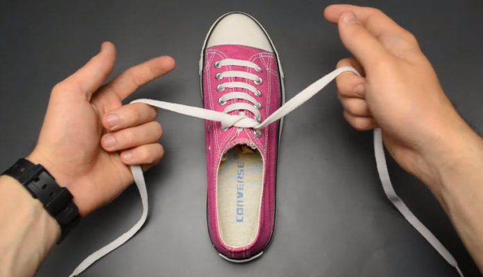Как укоротить шнурки на кроссовках