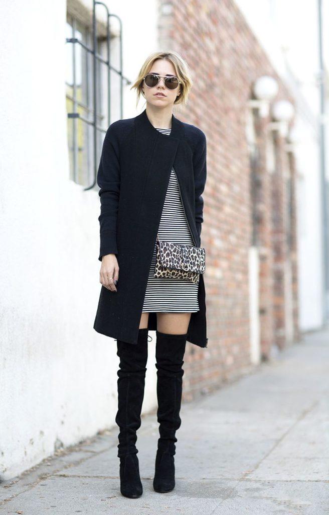 Чёрные ботфорты с платьем.