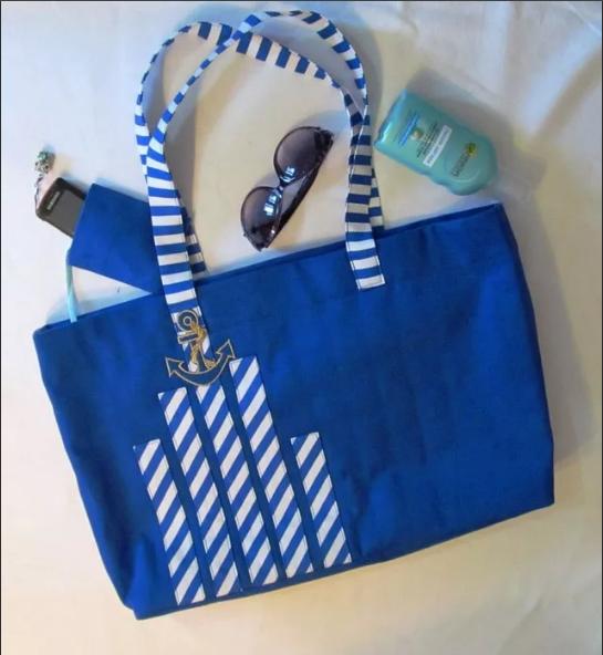 сине-белые пляжные сумки