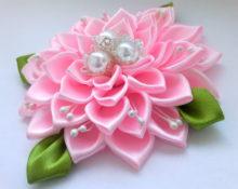 роскошныйцветок из ленты