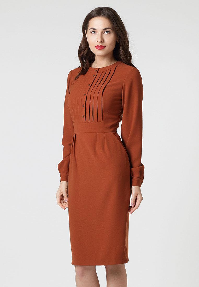 коричневое платье из крепа