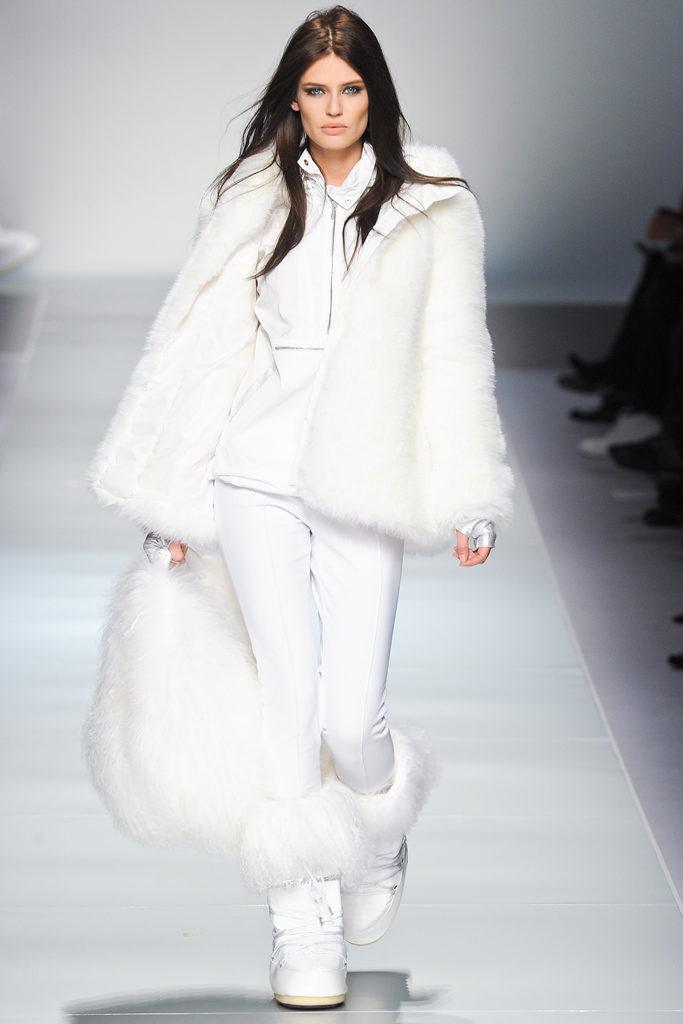 Зимний белый тотал лук.