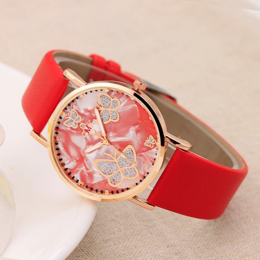 Яркие молодёжные часы.