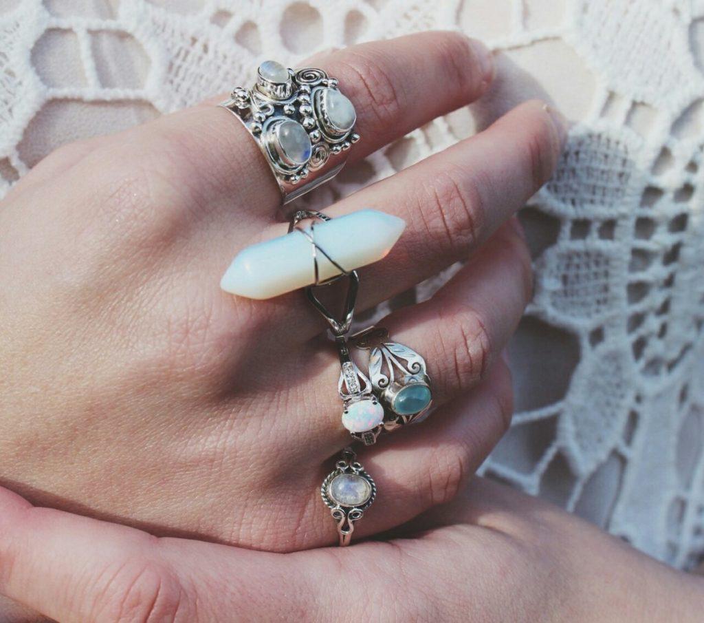 Массивные кольца.