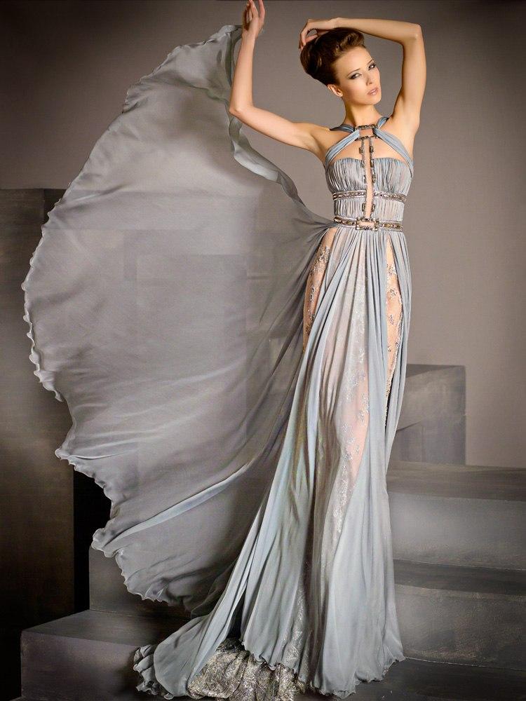 Серое вечернее платье.