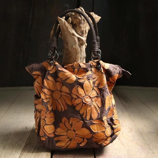 Текстильная сумка с декором.
