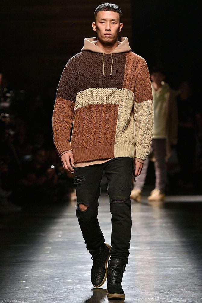 Комбинированный мужской свитер.