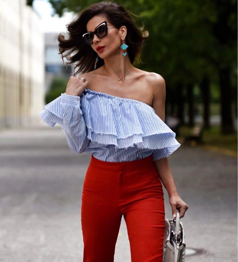 блуза с открытым плечом