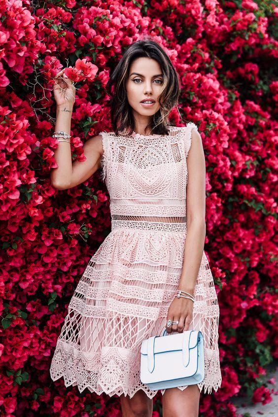 платье - это женственно и красиво