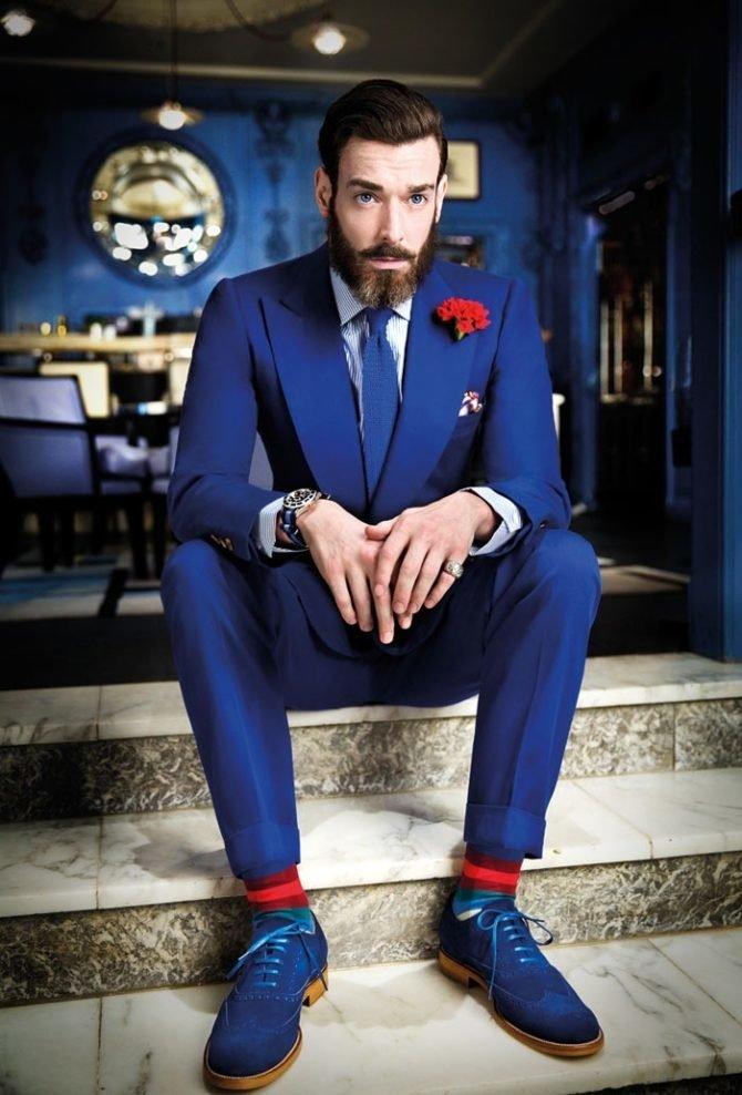Синие туфли.