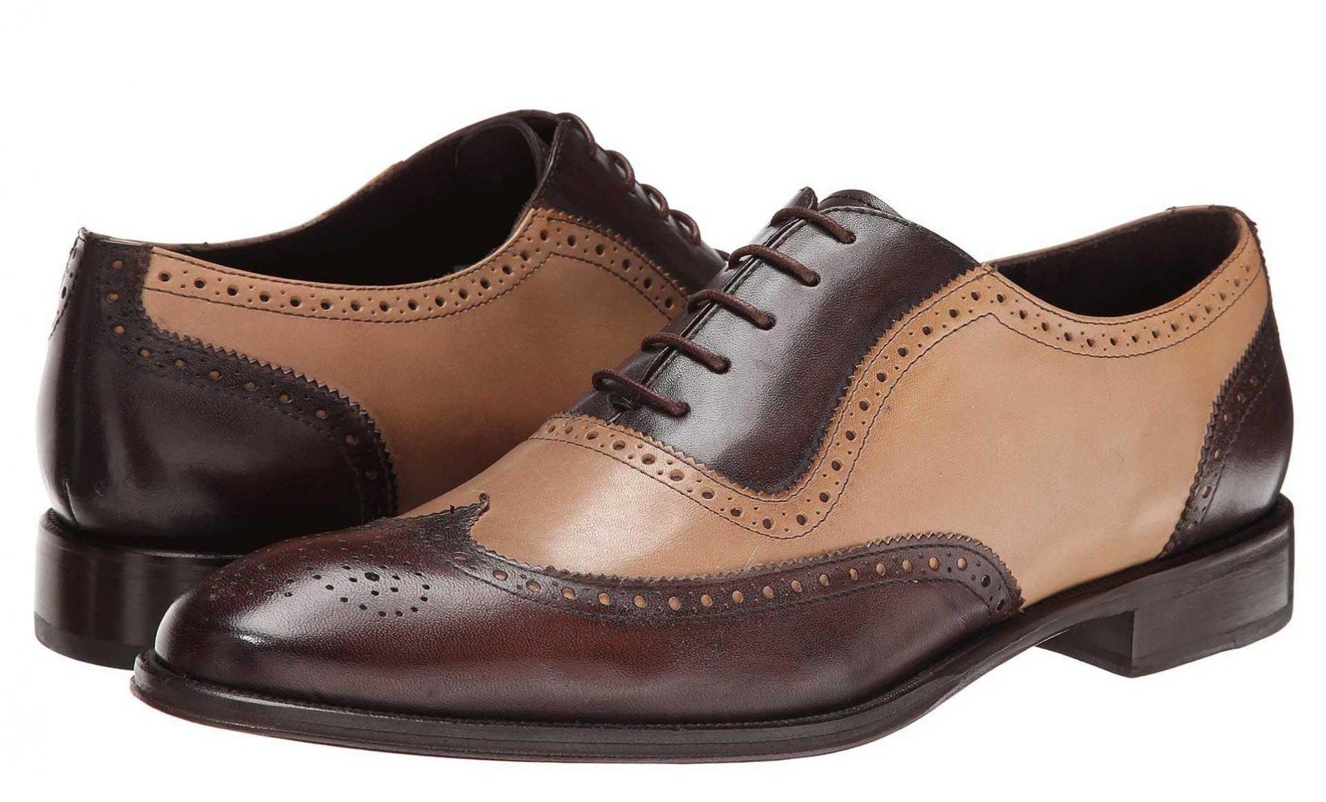 Двухцвтные туфли.