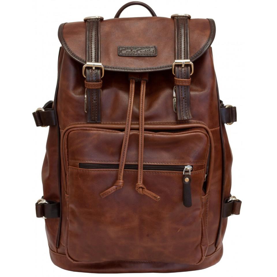 Коричневый кожаный рюкзак для мужчины.