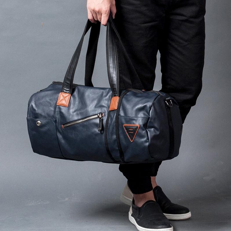 Модная кожаная сумка.