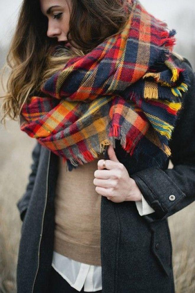 шарф в стиле оверсайз