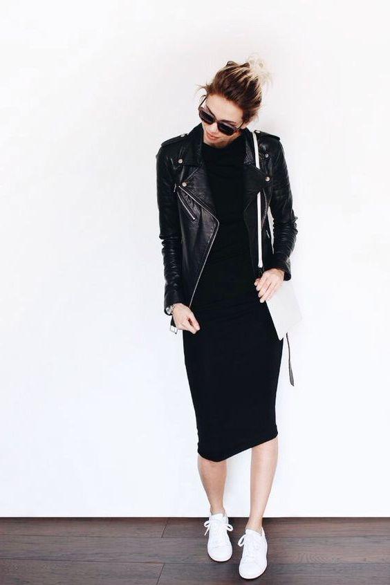 Чёрное платье с кожаной курткой.