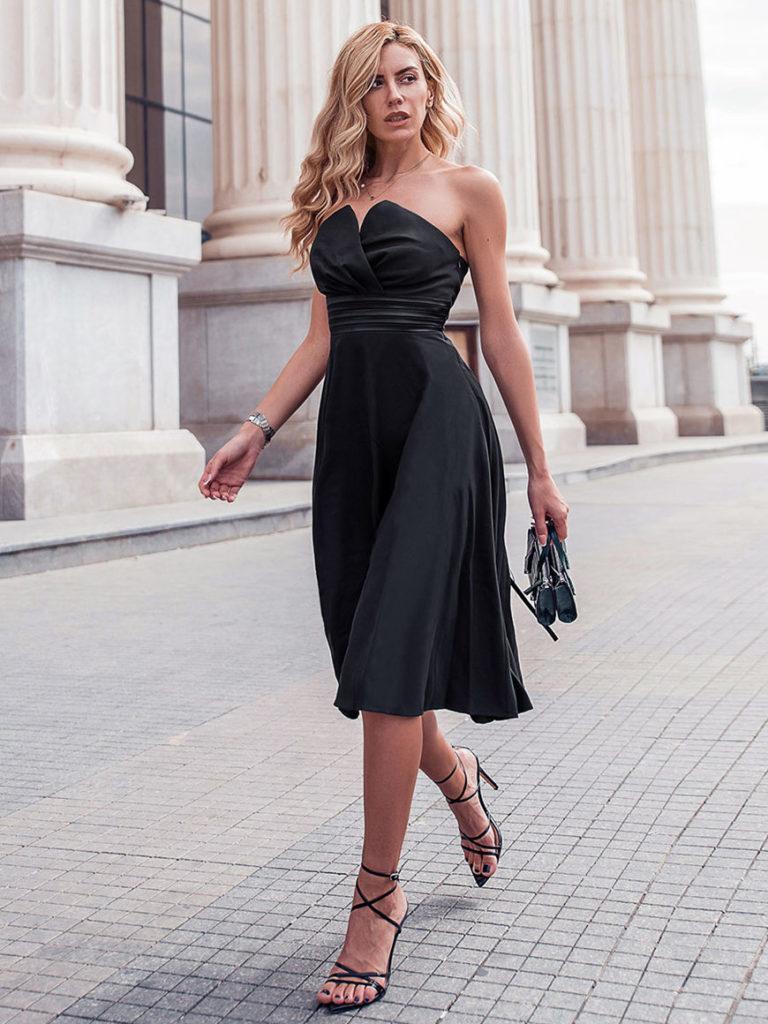 Платье с завышенной талией.