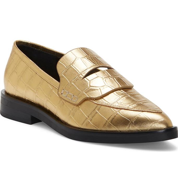 Туфли с текстурой под кожу рептилий.