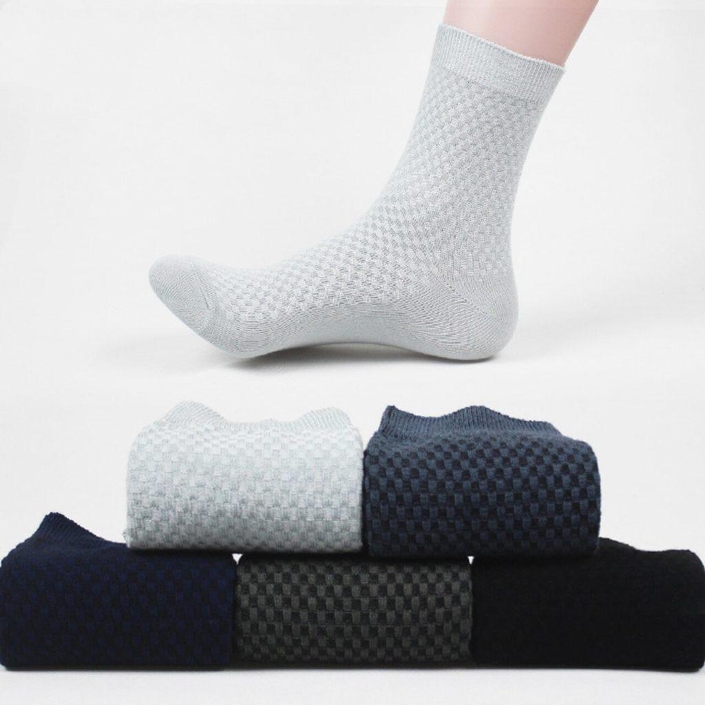 Классические цвета носков.