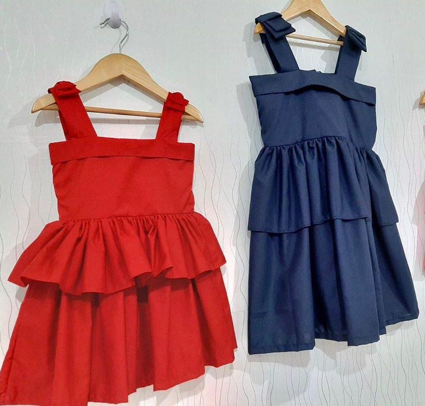 Красное и синее платье.