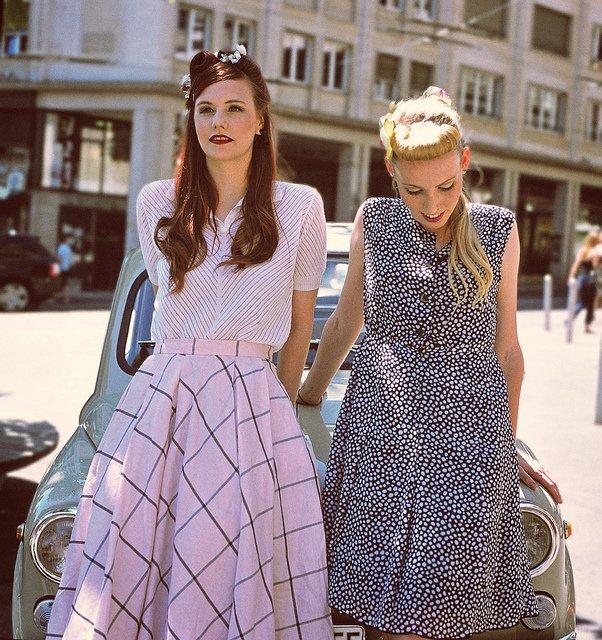 Платья в стиле 50-х.