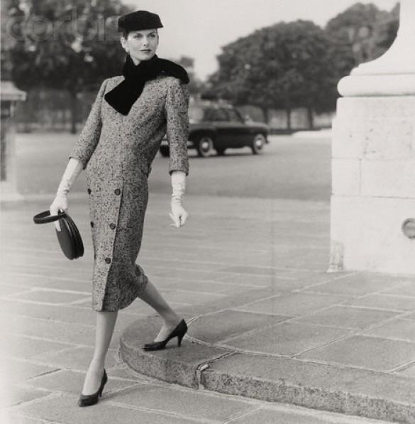 Оригинальное платье Баленсиага.