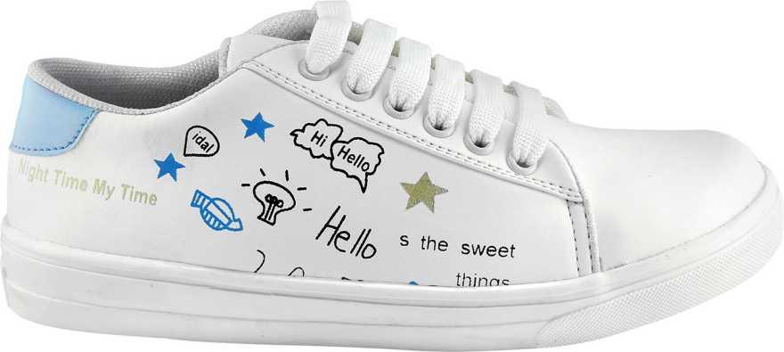 Кроссовки для девочек с надписью.