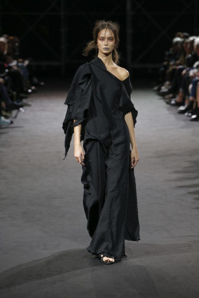 Одежда Ямамото для женщин.