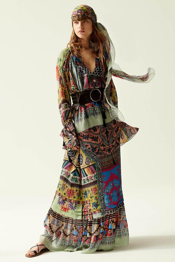 Длинное принтованное платье хиппи.