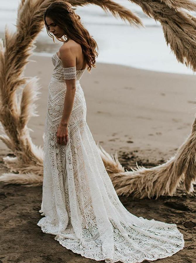 Пляжное свадебное платье бохо.