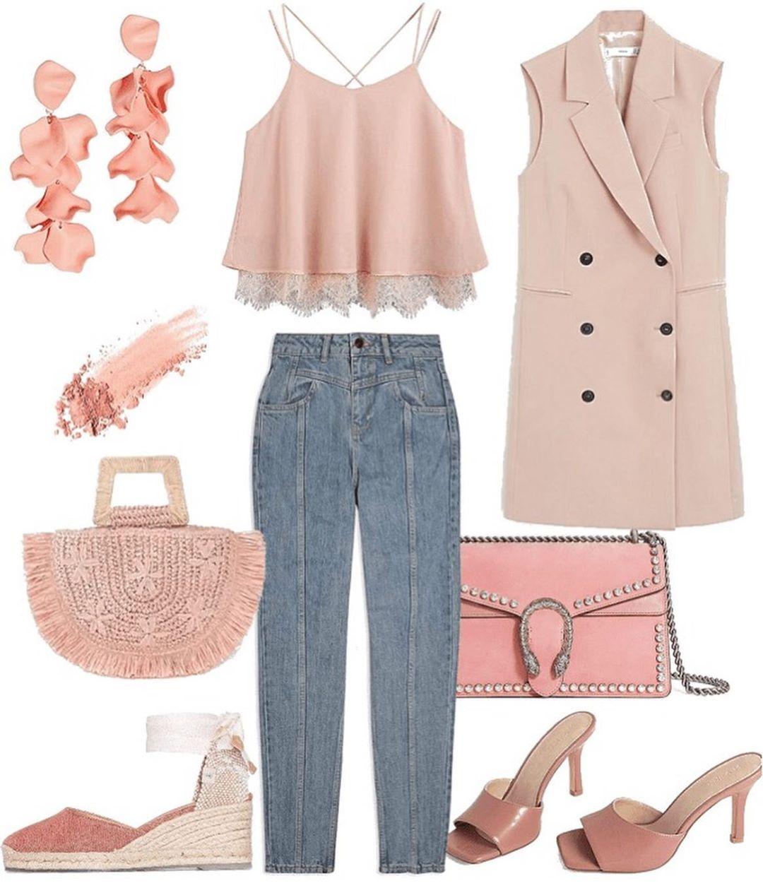 Лук в пастельно-розовом цвете с джинсами