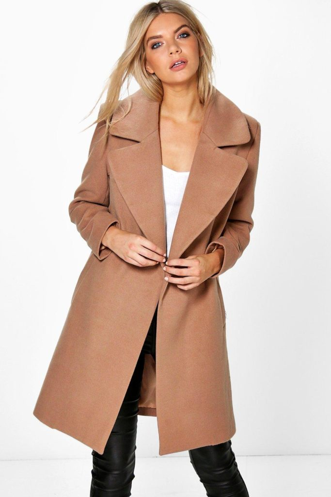 Пальто оверсайз.